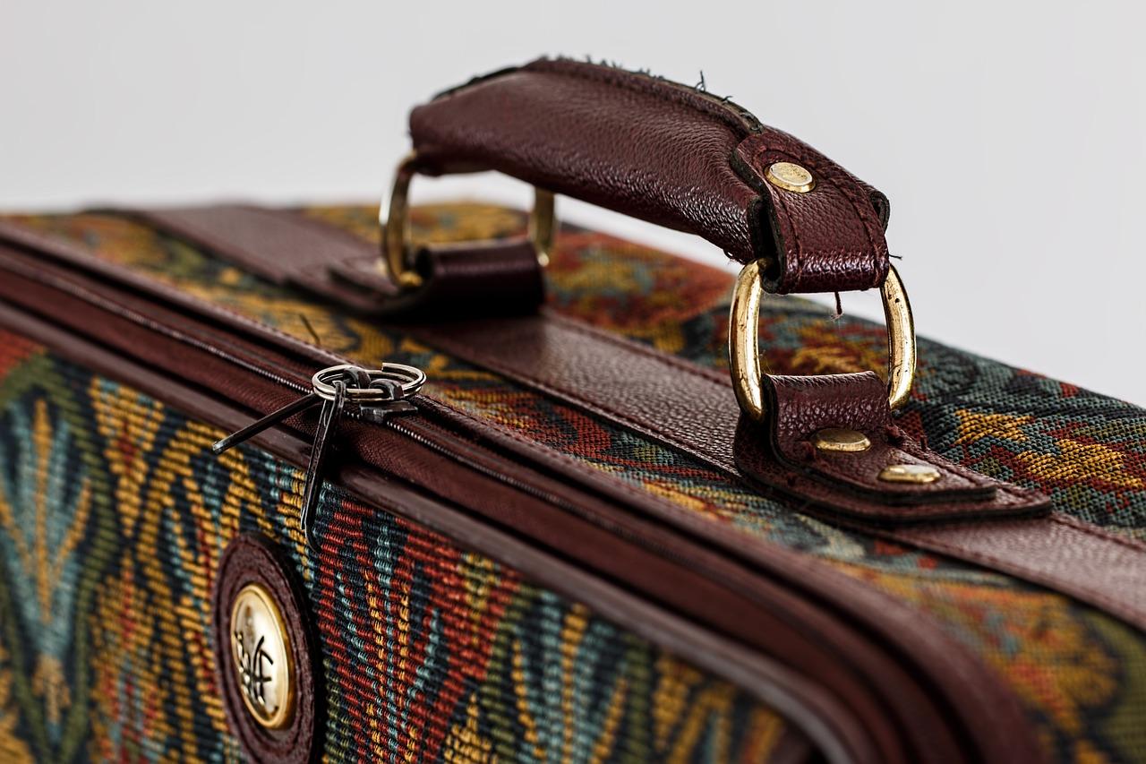 suitcase-468445_1280